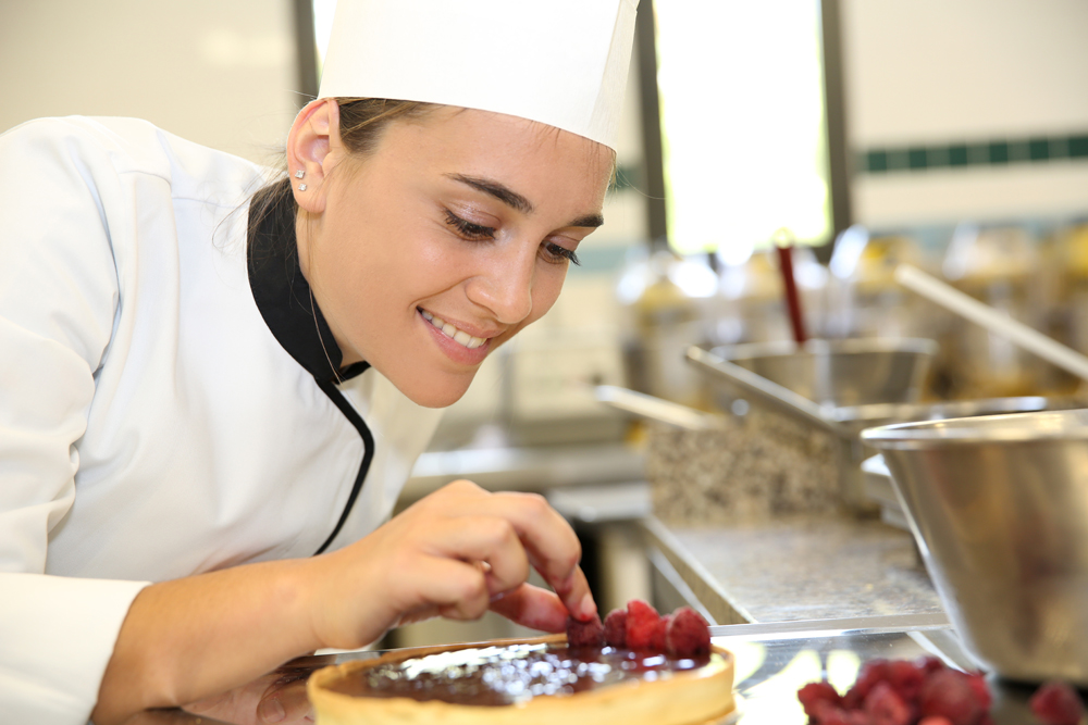 Pastry chef job description for Job cuisinier
